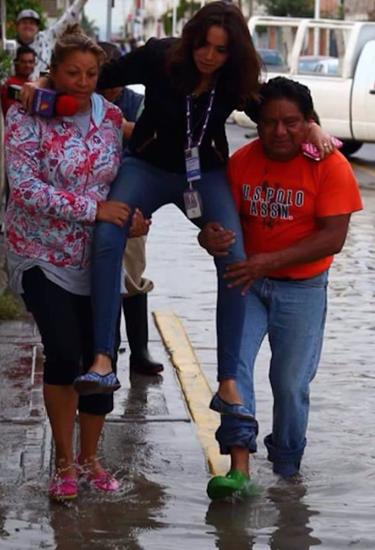 <center><b>Мексиканская журналистка стала героиней фотожаб</center></b>
