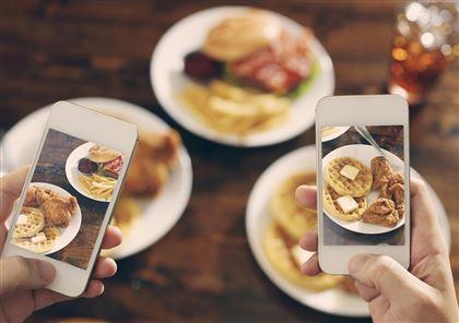 <b>Какая еда самая популярная в сети?</b>