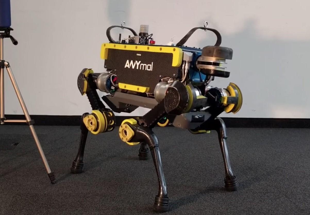 Робот-танцор танцует как пьяный батя (видео)