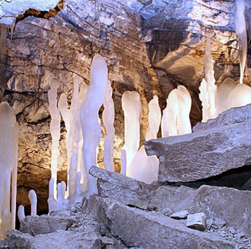 <center><b>В Кунгурской ледяной пещере открылся новый маршрут</center></b>