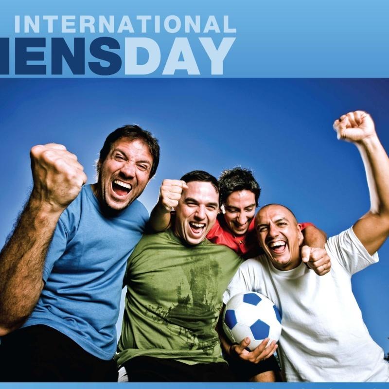 <center><b>8 марта британец рекламировал мужской праздник</center></b>