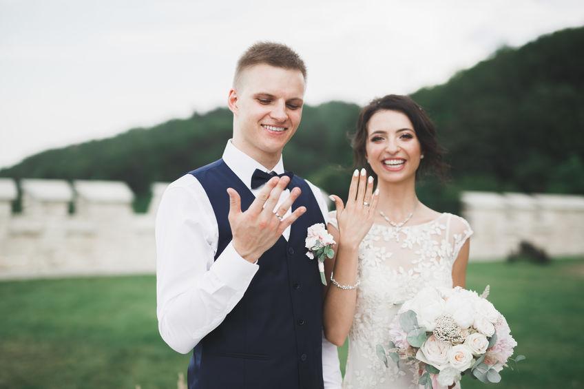 В какое время года москвичи женятся чаще всего