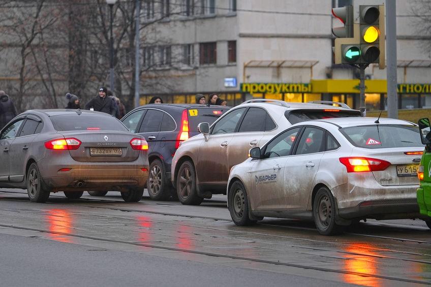 Депутат хочет награждать водителей за аккуратное вождение