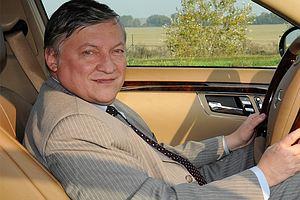 <center><b>Болгарским министрам отказали в лимузинах</center></b>